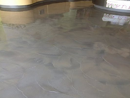 Concrete Floor Amp Pool Deck Overlays Cleveland Oh The