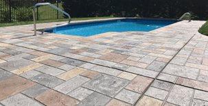 游泳池甲板,田纳西州纳什维尔古德莱茨维尔市Sundek加盖混凝土游泳池甲板