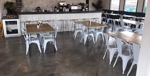咖啡厅,混凝土地板商业地板俄克拉荷马州俄克拉荷马州的俄克拉荷马城市