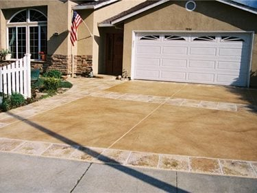 Stained Driveway California Concrete Driveways Custom Resurfacing Inc San Jose