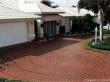 Brick, Circle Site Engrave-A-Crete Mansfield, MO