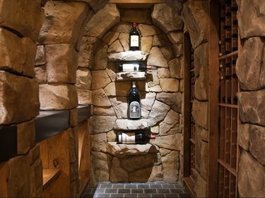 Vertical Overlay, Wine Cellar Site Walt Tools ,