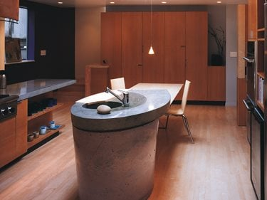 Round, Column Concrete Countertops Cheng Design Products Inc. Berkeley, CA