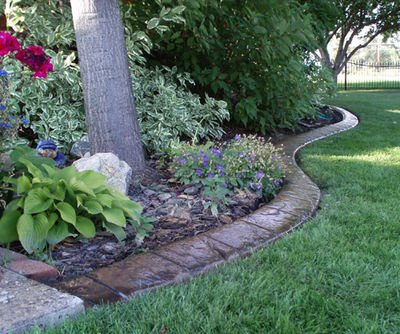 Landscape simple landscaping brick borders for Ideas for garden borders designs