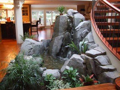 ������ ������ ������� ������ ���� inside-pond-boulder-