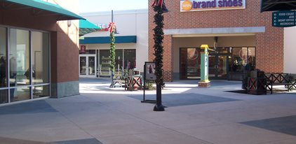 Outlet Mall, Philadelphia Concrete Patios Architectural Concrete Design Levittown, PA