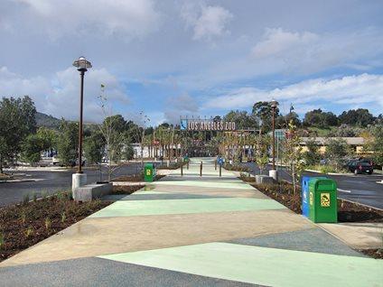 La Zoo,装饰混凝土场地La Concrete Works West Hills, CA