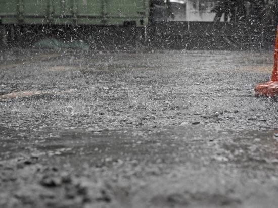 Rain On Fresh Concrete Site Shutterstock ,