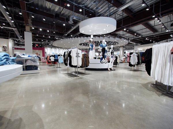 Clothing Store, Polished Concrete, Reflective Commercial Floors VR Polished Concrete Corpus Christi, TX