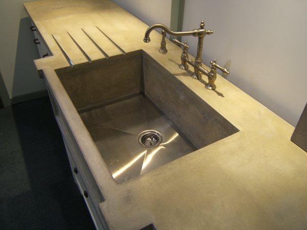 Deep Sink, Drainboard Concrete Countertops Concrete Elegance, Inc. Vaughan, ON