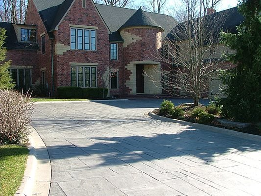 Mansion, Driveway, Stamped, Trees Concrete Driveways Vento Decorative Concrete Livonia, MI