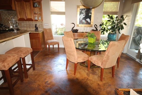 Dining Room, Colored Concrete Concrete Floors ALLSTAR Development LLC Lewisville, TX