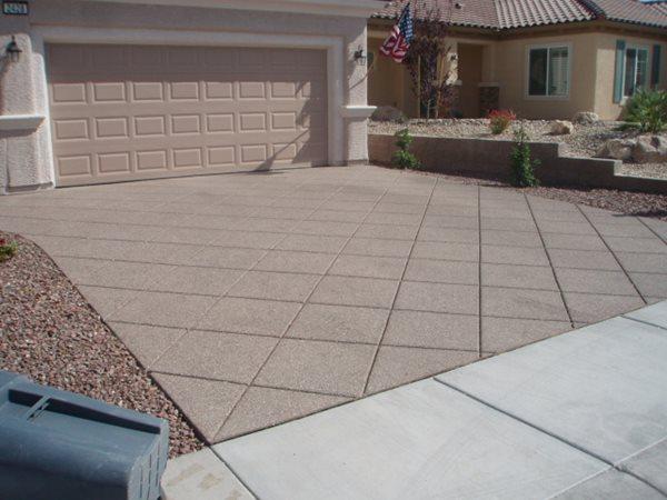 Diamond Pattern, Exposed Aggregate, Concrete Driveway Exposed Aggregate Daniels Concrete LLC Las Vegas, NV