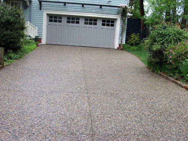 Pebble Finish, Driveway Exposed Aggregate Modern Concrete East Providence, RI