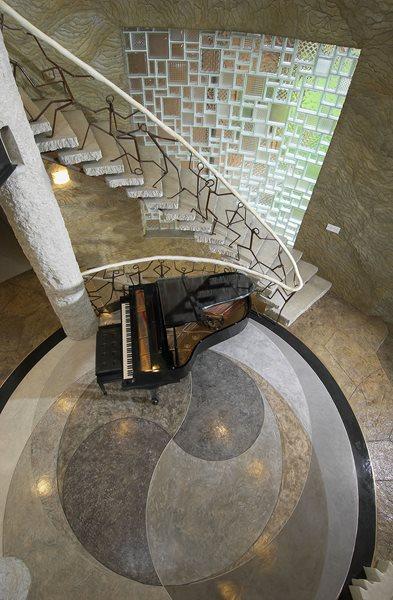 Entryway, Circles Gray Floors Everlast Concrete, Inc Steger, IL