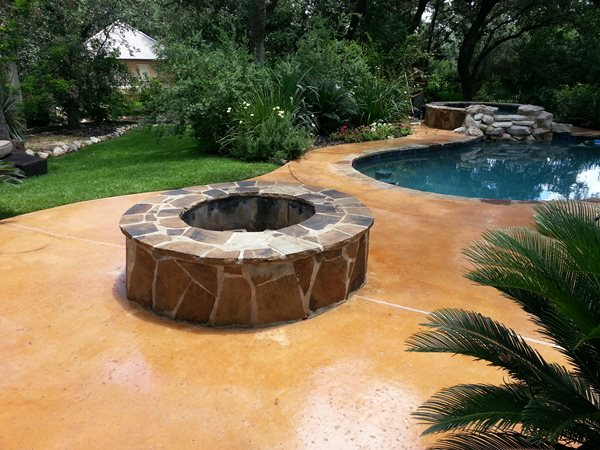 Flagstone Fire Pit, Stained Patio Outdoor Fire Pits Custom Concrete Solutions Schertz, TX