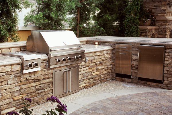 L Shaped, Split Level Outdoor Kitchens The Green Scene Chatsworth, CA