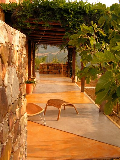 Concrete Patios Estudio Arque ,