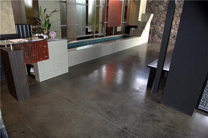 Photo gallery get the look stained floors columbus for Black stains on concrete