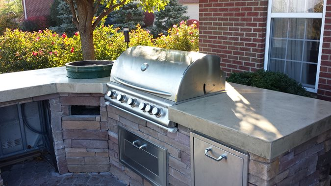 Grill Countertop, Embedded Copper Outdoor Kitchens M Concrete Studios Dayton, OH