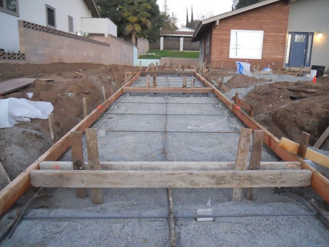 Photo gallery poured concrete the concrete network for Pouring concrete driveway