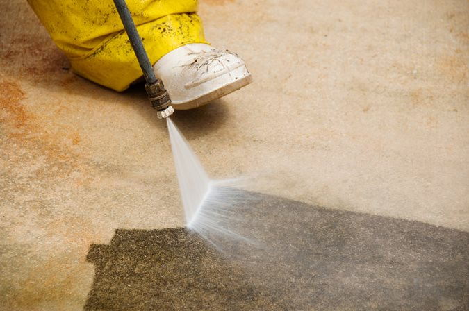 Cleaning Driveway, Power Wash Site ConcreteNetwork.com