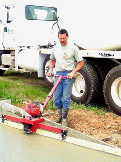 Vibrating Screed Site Trade Tool Innovations LLC Laramie, WY