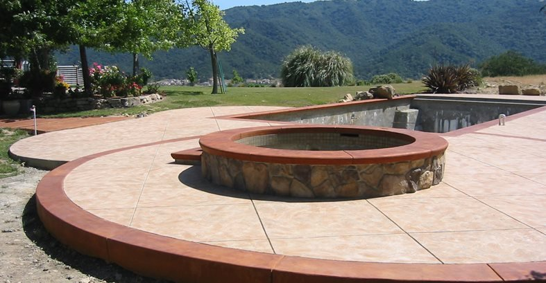 Stone amp concrete fire pit designs and ideas the concrete network