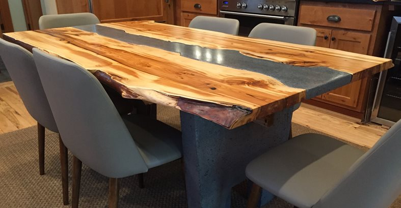 The wood edges of the table were left in their natural state to ...