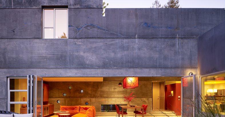 Backyard, Nana Wall, Indoor Outdoor, Patio Site Cheng Design Berkeley, CA