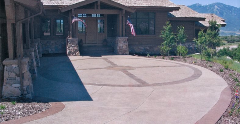 Decorative Driveway Design, Colored Borders Site Diehl Concrete Sedalia, CO